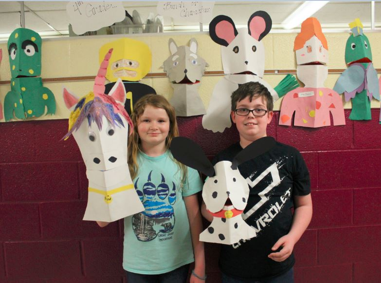 Edison JG Young Puppeteers Photo